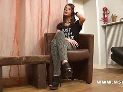 Caldo sesso italiano porno Latina equitazione dildo su webcam