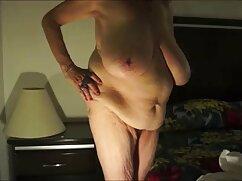 Grasso milf MILF sito video porno italiani cums con un membro nel culo
