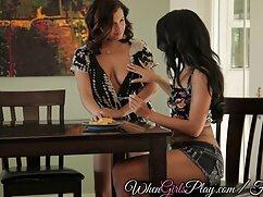 Matrigna Courtney era felice film porno gratis stupri italiani di dare il trucco per la sua figliastra, Avery
