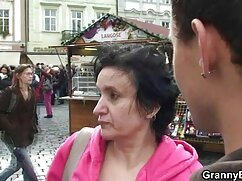 Giovane ragazza ama poeno italiani bbc
