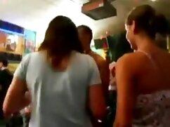 Capri Chloe dominato da video porno italiani parlati rough sex e creampie